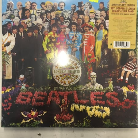 Image of The Beatles - Sgt. Pepper's Lonely Hearts Club Band - Vinyl - 1 of 2
