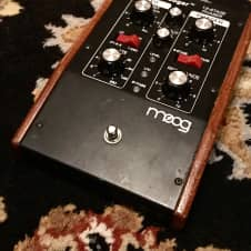 Moog MF-103 12 Stage Phaser