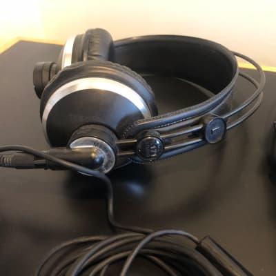 AKG K171 MKII Professional Closed-Back Studio Headphones 2010s Black