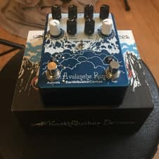 EarthQuaker Devices Avalanche Run Delay / Reverb Pedal