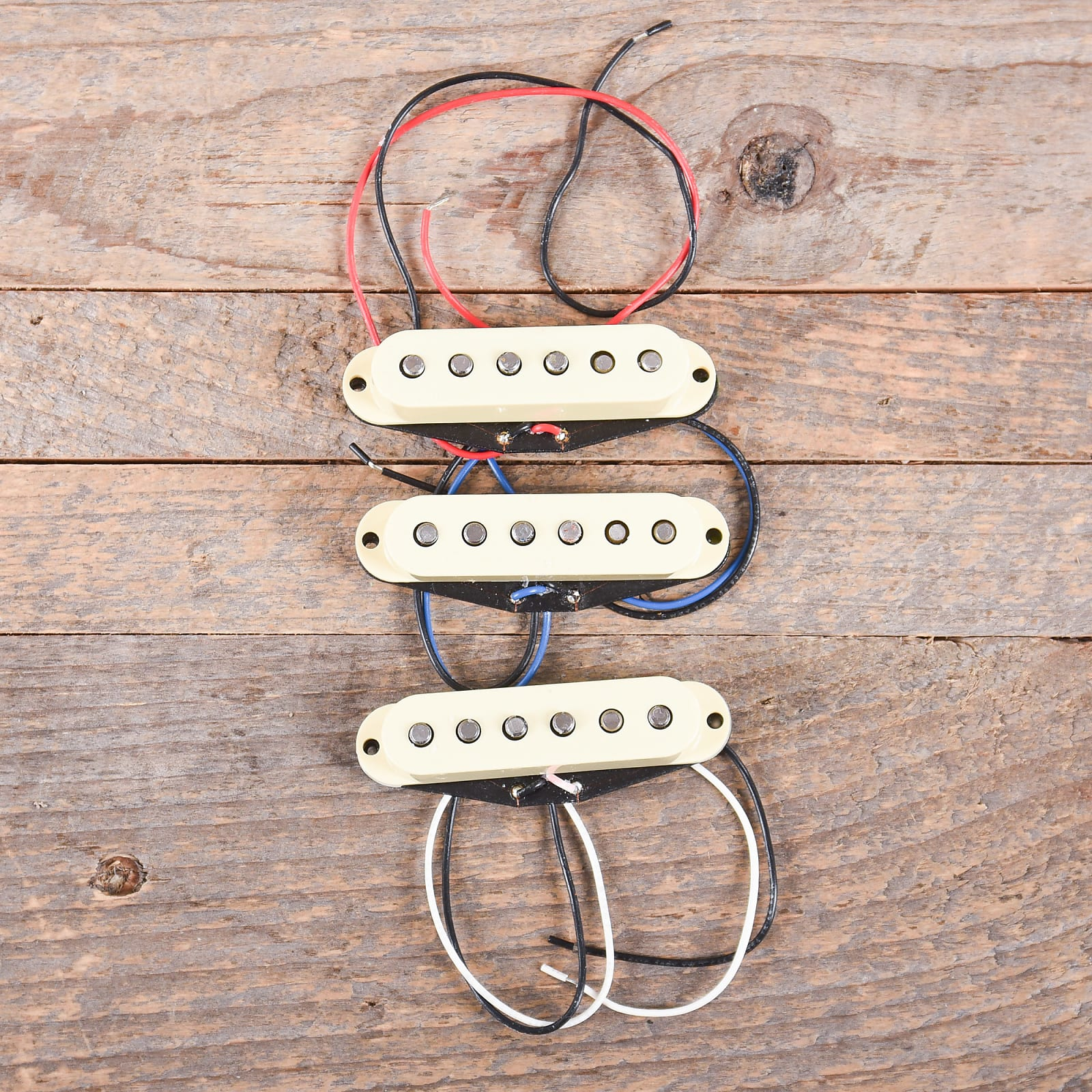 Fender V-Mod Stratocaster Pickup Set USED