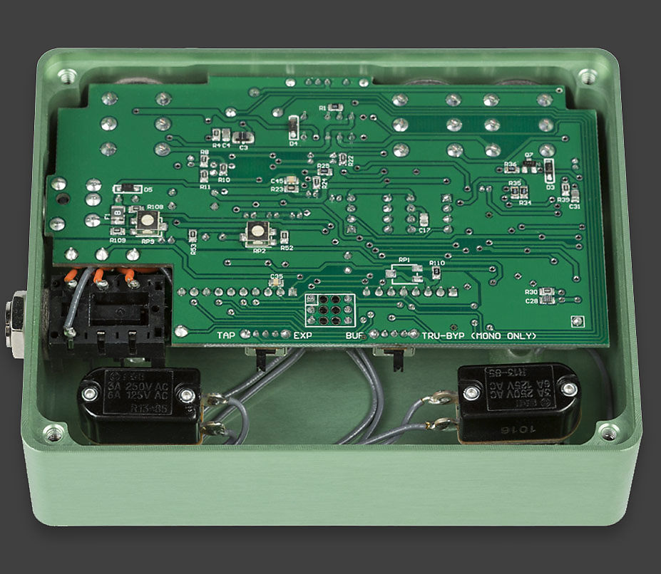 Suhr Alexa Analog Chorus Vibrato Modulation Pedal Multi Wave Dual Channel