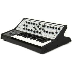 Moog Sub Phatty - Monophonic Analogue Synthesizer