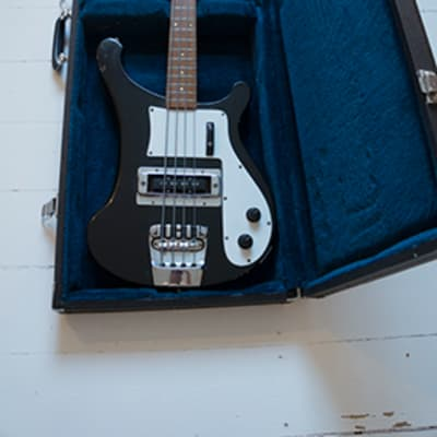 Rickenbacker 4000 from 1972 for sale
