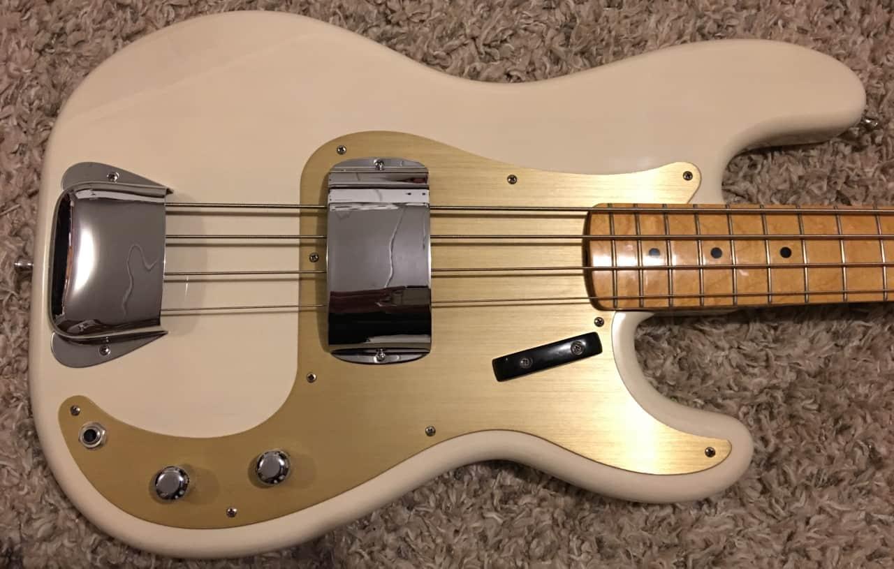 Precision Bass Pickguard : fender precision bass white with gold anodized pickguard reverb ~ Russianpoet.info Haus und Dekorationen