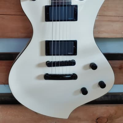 2009 Fernandes Ravelle Deluxe Ivory Free Shipping for sale