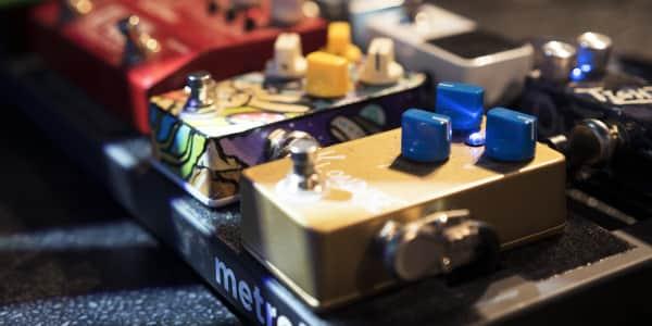ผลการค้นหารูปภาพสำหรับ chorus effect pedal