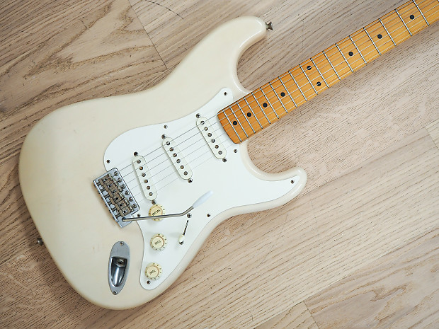 1998 Fender Stratocaster '57 Vintage Reissue Electric Guitar USA Pickups on