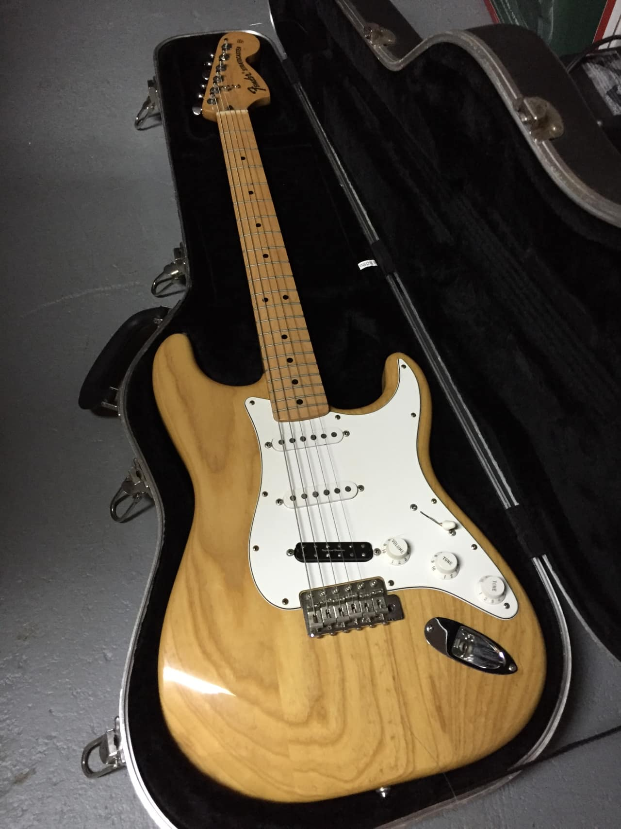 Unfortunately! You Vintage 70s strat obvious