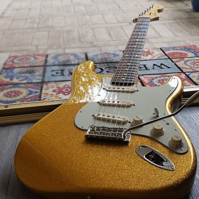 Fender FSR Classic Player '60s Stratocaster Vegas Gold Sparkle 2014 for sale