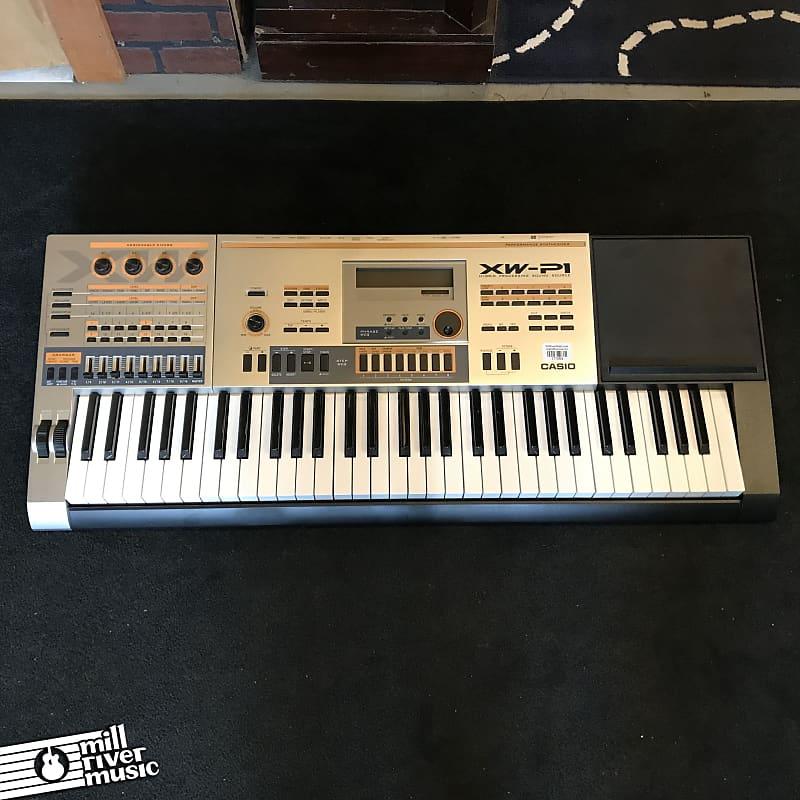 Casio XW-P1 61-Key Performance Synthesizer Keyboard w/ Gig Bag