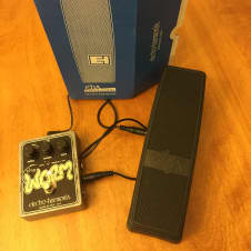 Electro-Harmonix The Worm with EHX expression pedal