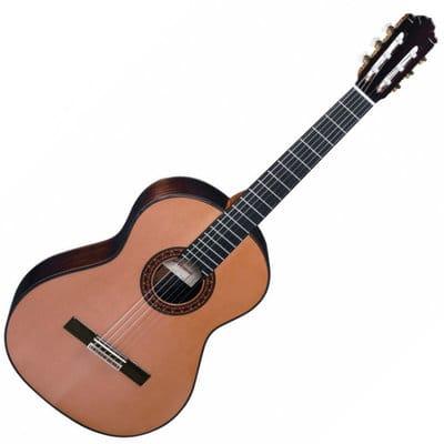 almansa Conservatory 436 chitarra classica con case rigido for sale