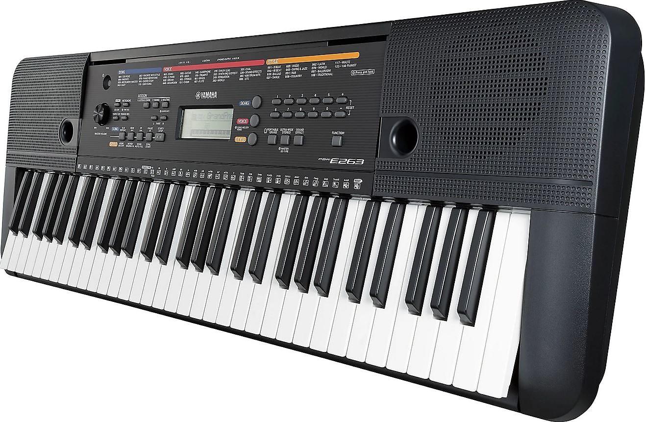 Yamaha PSR-E263 61-Key Portable Keyboard w/ Survival Kit 2019