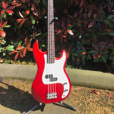 Baltimore P-bass Sparkle red for sale