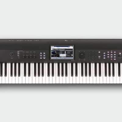 Korg KROME 73-Key Synthesizer Workstation