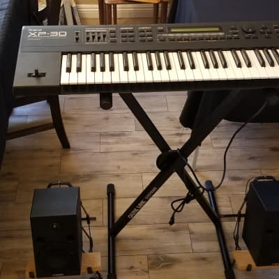 Roland XP-30 61-Key 64-Voice Expandable Synthesizer