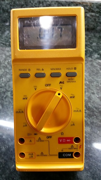 Fluke 27 Multimeter with Heavy Duty Case with Carrying Handle