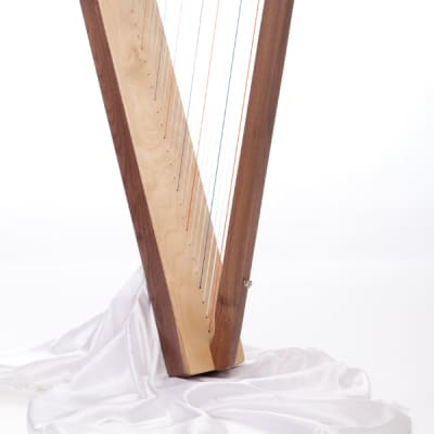 Rees Harps Special Edition Fullsicle Harp, 26 Strings, Natural Cherry Finish, Made in the USA