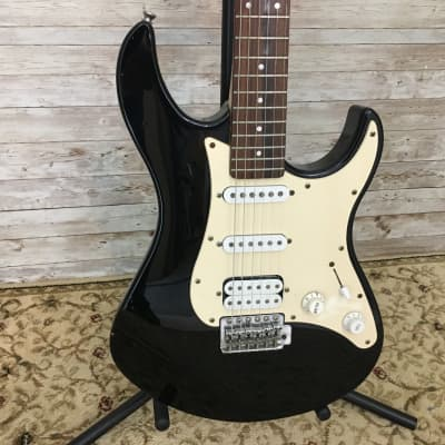 Used Yamaha EG 112C Electric Guitar