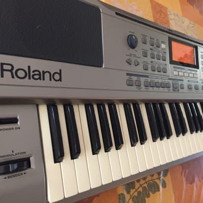 Roland EXR-3 61-Key Interactive Arranger