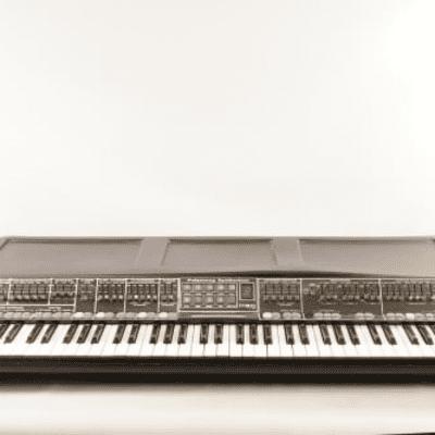 Moog Polymoog 203a 1975 - 1978