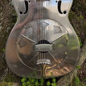 *Extremely rare* 1934 top of the line National 'Don' single cone Resonator in Very Good Condition for sale