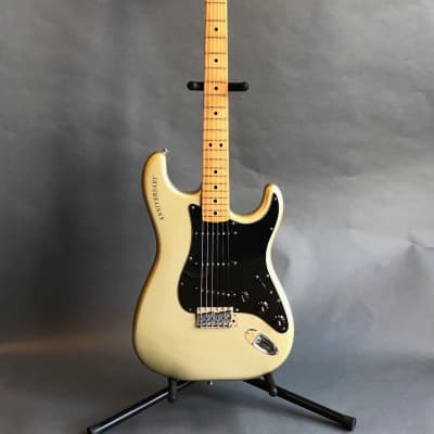 Fender 25th Anniversary Stratocaster 1979 Porsche Silver for sale