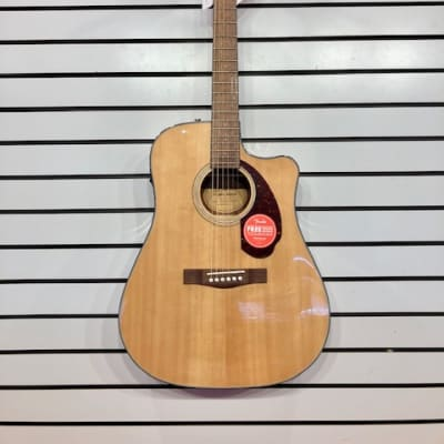 Fender Classic Design Series CD-140SCE Cutaway Dreadnought Acoustic-Electric Guitar Natural