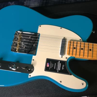 NEW! 2021 Fender American Professional II Telecaster - Miami Blue - Authorized Dealer - In-Stock