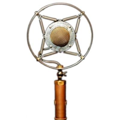 Ear Trumpet Labs Myrtle Large Diaphragm Cardioid Condenser Microphone