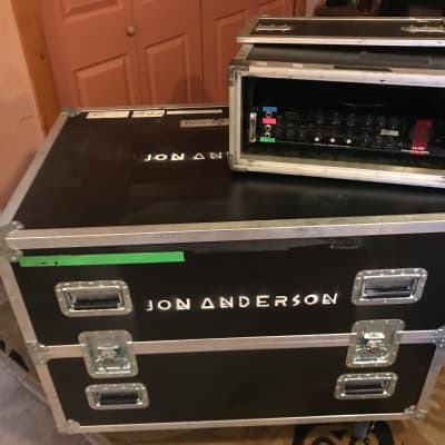 SWR 900 Concert rig with 2 Goliath Cabinets and Touring Trunk