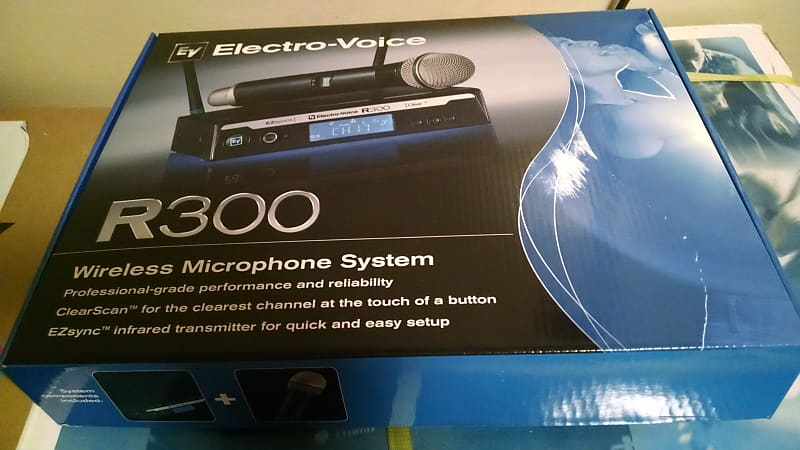 electro voice r300 hd a handheld system includes r300 reverb. Black Bedroom Furniture Sets. Home Design Ideas