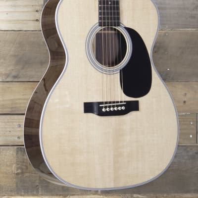 Martin 000-28 Acoustic Guitar w/ Case for sale