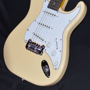 G&L S-500 Tribute 2016 Vintage White for sale