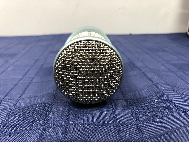 akg perception 200 condenser microphone with shock mount and reverb. Black Bedroom Furniture Sets. Home Design Ideas