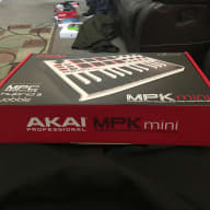 Akai Mpk mini  2018 White&black