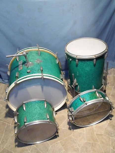 Jahre Ludwig Club Date PSYCHEDELIC RED Schlagzeug Gretsch Broadkaster 1948 year Vintage two toms : 13 tom tom,16 floor tom.