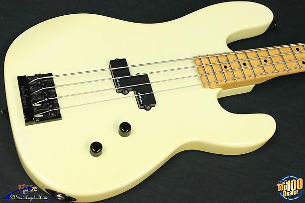 1980s Charvel 1B Bass W Gig Bag Vintage White Japan