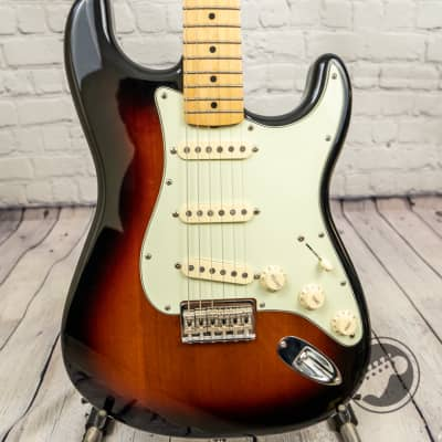 Fender Robert Cray Stratocaster MIM (Used/Mint) for sale