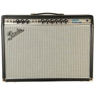 Fender Vintage Modified '68 Custom Vibrolux Reverb Silverface Amp
