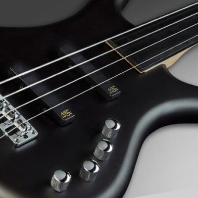 Warwick RockBass Corvette Basic, 4-String, Fretless - Nirvana Black Transparent Satin