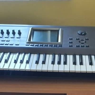 Roland Fantom FA 76 keyboard workstation