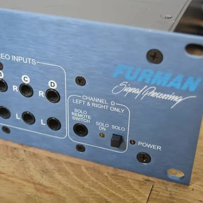 Furman HDS-16 Headphone distribution system mixer monitor in excellent condition