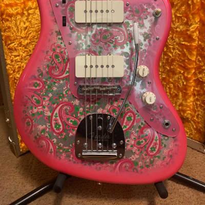 Fender MIJ Traditional 60s Jazzmaster Pink Paisley