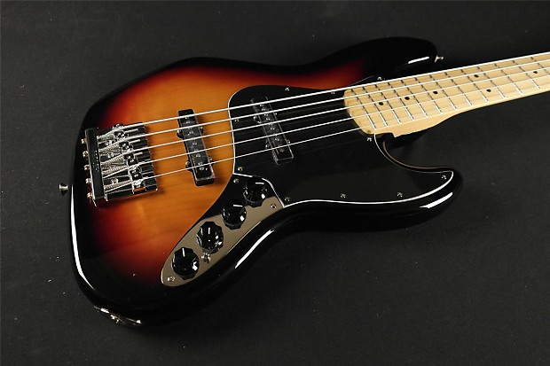 Circuito Jazz Bass Deluxe : Fender deluxe active jazz bass v maple fretboard tone