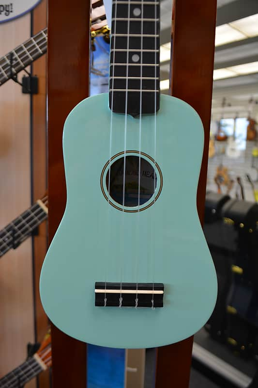 Diamond Head DU-116 Soprano Ukulele - Turquoise