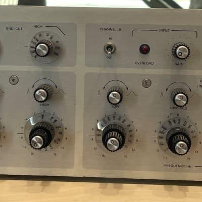 Urei Model 546 Dual Parametric Equalizer