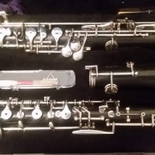 Buffet Crampon BC-4052 wood oboe with 3rd octave key!