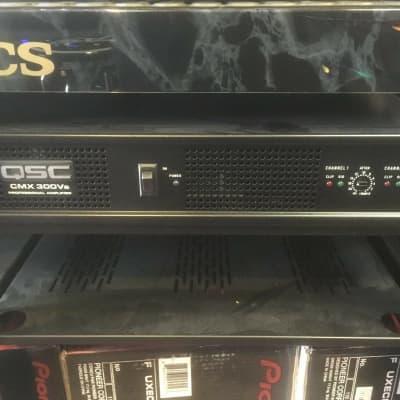 QSC CMX300Va Amp